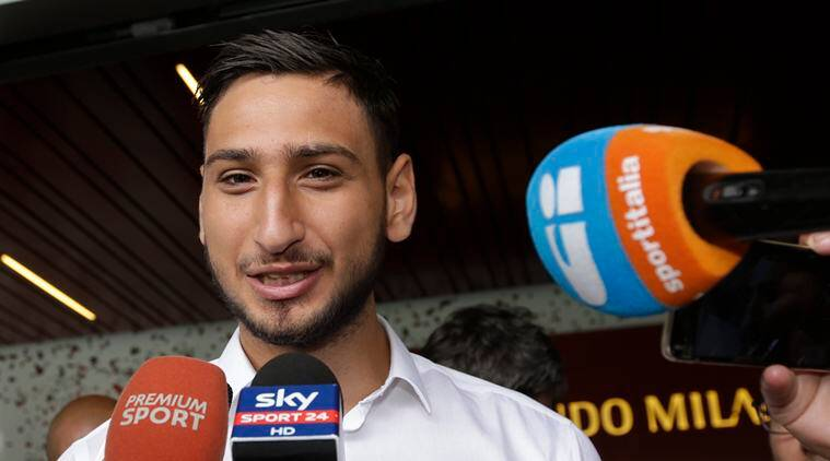 Donnarumma signs new Milan contract