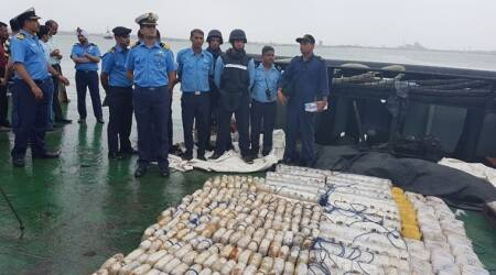 Heroin, gujarat Heroin, gujarat Heroin seize, gujarat narcotics, Indian Coast Guard, Coast Guard, Merchant ship, Merchant navy, Gujarat coast, India news, gujarat news