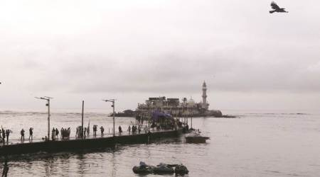 Haji Ali: State gets 2 weeks to remove encroachments