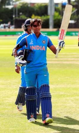 Meet India Women Team's New Batting Sensation Harmanpreet Kaur