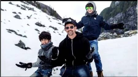 Hrithik Roshan makes a snowman with his sons, proves he is world's best Dad, watch video
