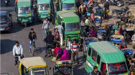 Driverless cars face unique challenges on India's chaotic roads