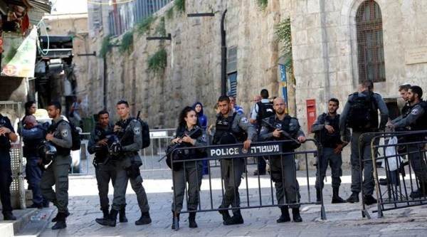 israel shooting, jerusalem shooting attack, jerusalem old city, palestine, gunmen shoot policemen, temple mount, jews, middle east news, indian express