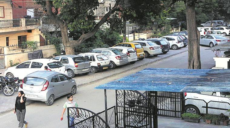 Chandigarh Parking, Parking spaces in Chandigarh, Parking problem in chandigarh, chandigarh news, Indian express News