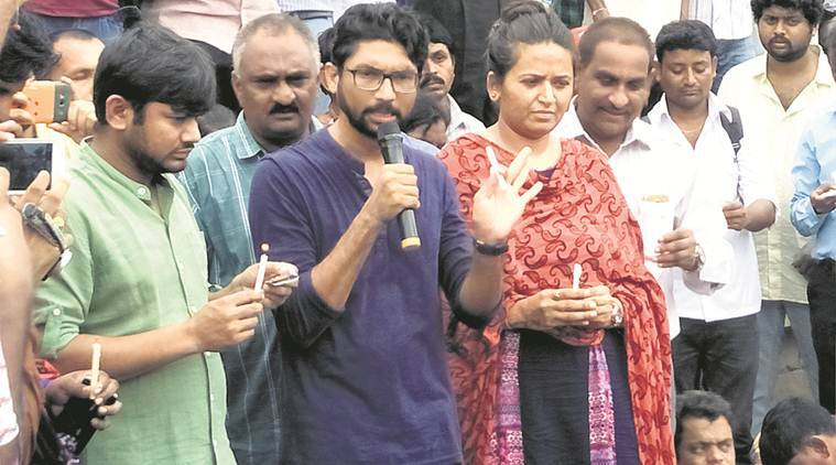 Jignesh Mevani, Kanhaiya detained ahead of 'Azadi Kuch' in Mehsana