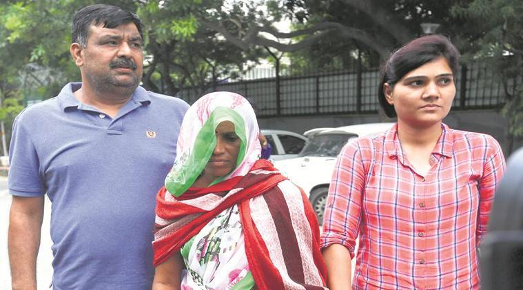 45-year-old woman arms smuggler arrested, Delhi Police Special Cell, Woman on the run for 3 years held for arms supply, Delhi news, Indian Express News