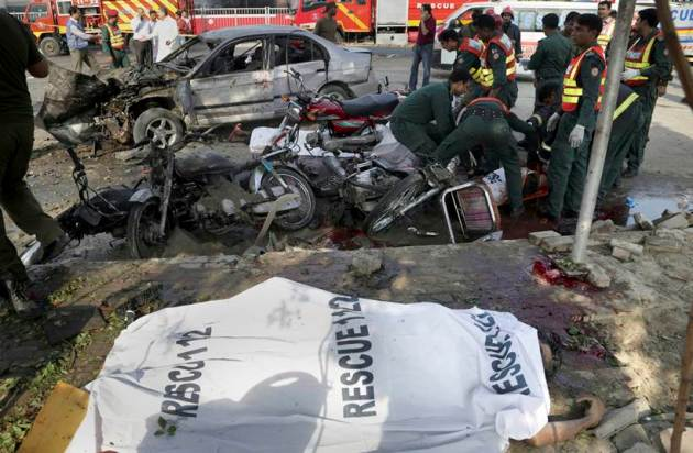 Lahore blast, lahore suicide blast, pakistan blast, Lahore blast death, pakistan news