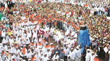 Lingayats flex muscle at Bidar rally, want status of independent religion