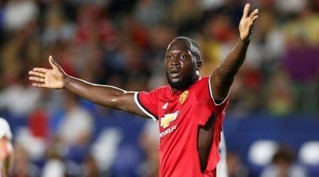 Romelu Lukaku has to be strong enough mentally for Manchester United challenge, says Wayne Rooney