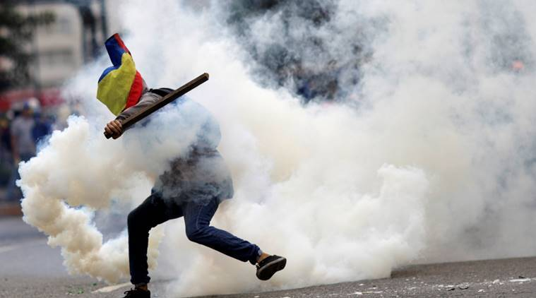 Venezuela politics, Venezuela crisis, Nicolas Maduro, protest against Nicolas Maduro, world news, indian express news