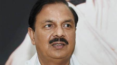 Situation in Jammu-Kashmir will improve under Governor's rule: Mahesh Sharma
