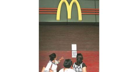 mcdonalds shut delhi, mcdonalds supply low, mcdonald food supply, mcdonalds east india, mcdonalds franchise delhi, indian express news