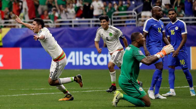 Mexico beat Curacao 2-0 to win CONCACAF GroupC