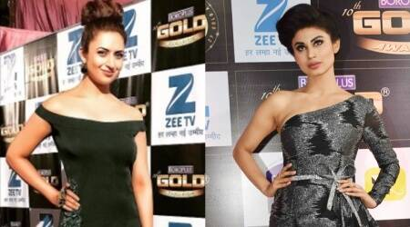 Zee Gold Awards 2017: Mouni Roy smoulders in shades of grey; Divyanka Tripathi turns into a green goddess