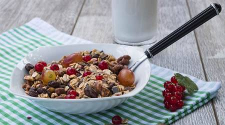 muesli, muesli recipes, muesli breakfast ideas, muesli benefits, muesli for a healthy body, breakfast recipes, Indian express, indian express
