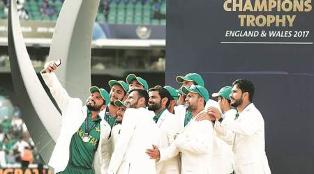 Pakistan cricketers receive Champions Trophy 2017 prize money
