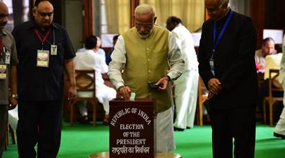 Ram Nath Kovind vs Meira Kumar: MP, MLAs vote for 'historic' Presidential polls