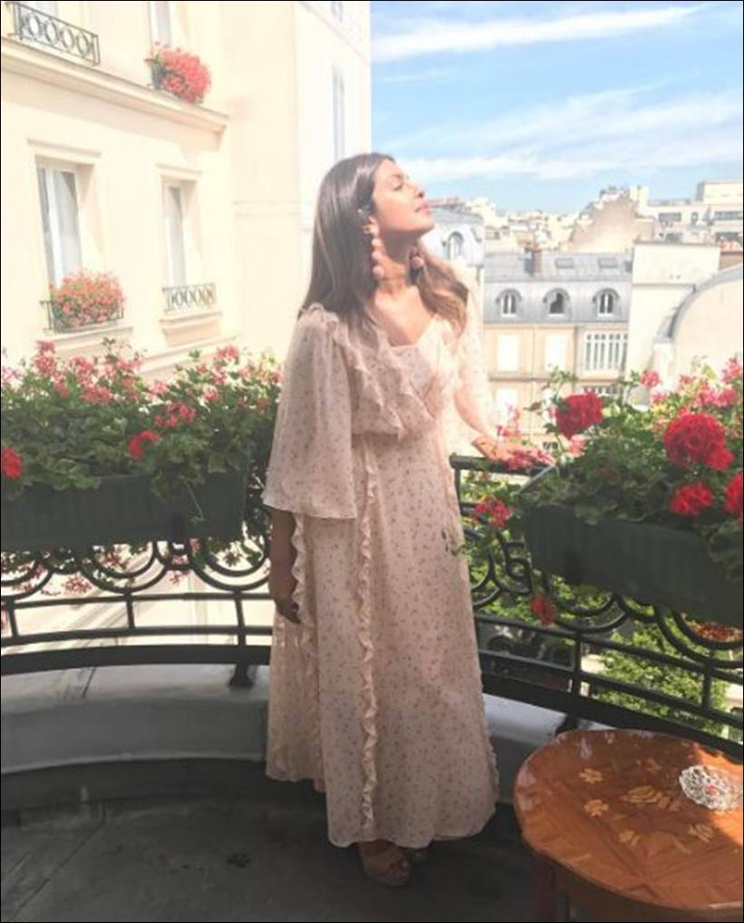 Priyanka Chopra and Sonam Kapoor keep it stylish in Paris