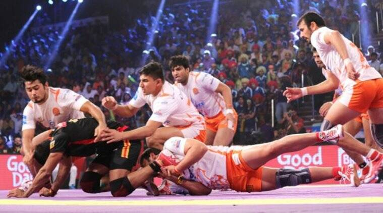 Pro Kabaddi League 2017, PKL season 5, Puneri Paltan, Deepak Niwan Hooda, Deepak Hooda puneri paltan, PKL 2017, Pro Kabaddi League news, sports news, indian express