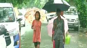 Heavy rains lash Delhi-NCR, bring relief from heat