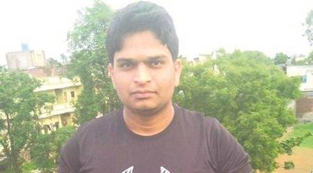 Hit by car, 25-yr-old techie bleeds to death as passers-by take pictures instead of helping him
