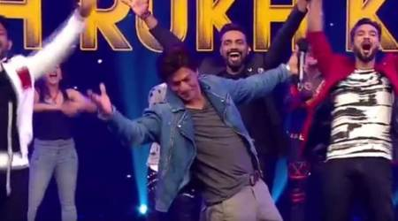 Jab Harry Met Sejal actor Shah Rukh Khan gets an overwhelming tribute on Remo D'Souza's Dance Plus 3. Watch video