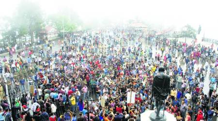 Rape-murder probe: Shimla shuts down in protest, Virbhadra briefs Governor