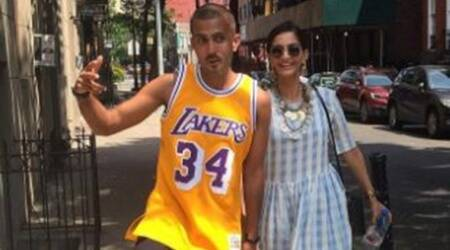 Sonam Kapoor spends perfect Sunday in New York with rumoured beau Anand Ahuja. See photo