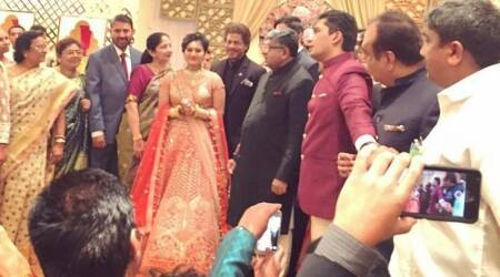 Jab Harry Met Sejal actor Shah Rukh Khan adds glamour to wedding of Ravi Shankar Prasad's daughter. See photos