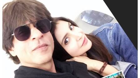 Shah Rukh Khan is awed by Anushka Sharma's 5 am splendor as they promote Jab Harry Met Sejal in Dubai, see photos