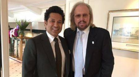 Sachin Tendulkar's fan moment with Bee Gees star Barry Gibb; see pic