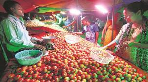 Tomato prices go from Rs 60 to over Rs 90 a kg in days, supply from key states affected