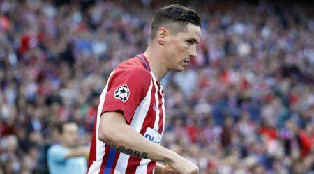 Fernando Torres re-signs at Atletico Madrid for one more year