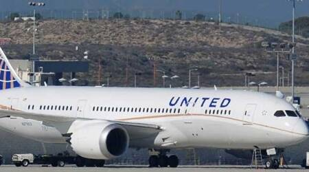 Scary landing after United flight loses engine cover over Pacific Ocean
