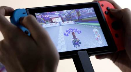 Nintendo seen moving to one device, ending two-punch tactic