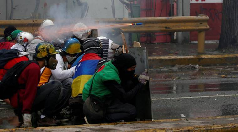 Venezuela crisis, Venezuela protests, Nicolas Maduro, protest against Venezuela president, world news, indian express news