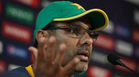 Australia cricketers take a dig at Waqar Younis after he suggests 30-over Women's WorldCup