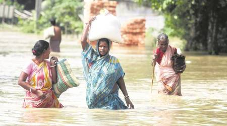 UP: Heavy rainfall causes floods in Bahraich, high alert issued
