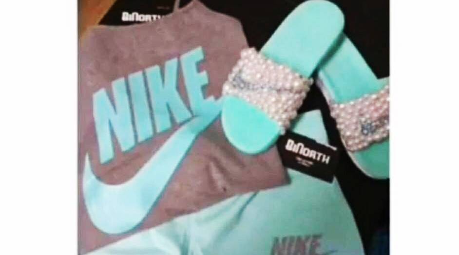 teal and grey or pink and white? teal grey pink white nike viral photo, teal grey pink white viral photo of sandals and shorts, what colours do you see? white and gold or blue and black?