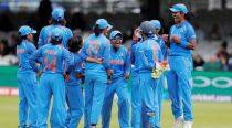 Women's cricket team showered with cash rewards