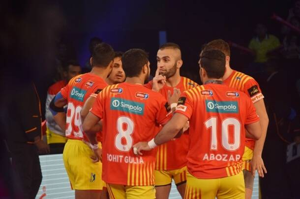Pro Kabaddi season 5: Gujarat Fortunegiants thump U Mumba 39-21 in Ahmedabad opener