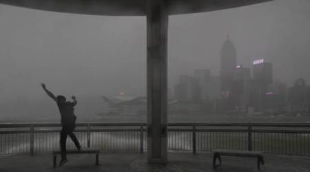 Powerful typhoon kills at least 3 in Macau