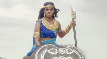 Karthika Nair fractures her foot while performing a stunt for Aarambh. See photo