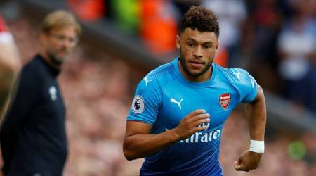 Alex Oxlade-Chamberlain turns down £40 million offer from Chelsea
