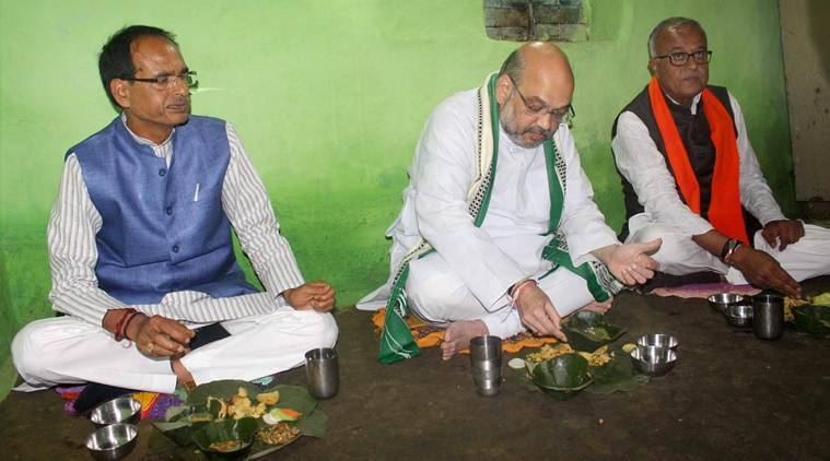 Amit Shah, Amit Shah madhya pradesh, madhya pradesh, BJP, BJP tribal worker, tribal worker, india news, indian express news