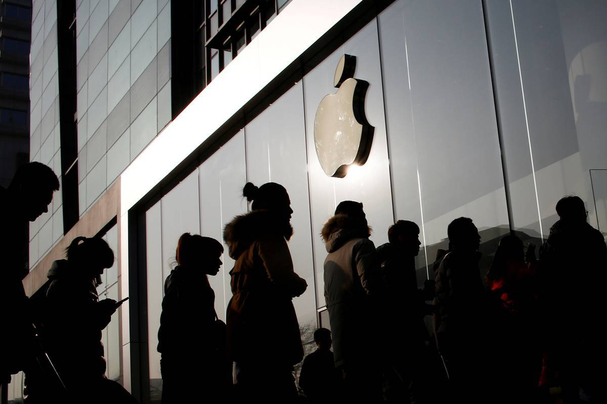 Apple, Apple Inc, Apple earnings, Apple shares, Apple sales, iPhone, iPad, AirPods, Business news, Indian express news