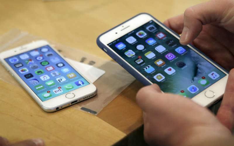 Apple IPhone 8 Launch Design