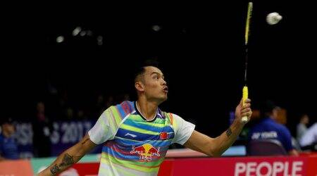 China's Lin Dan lives to fight another day
