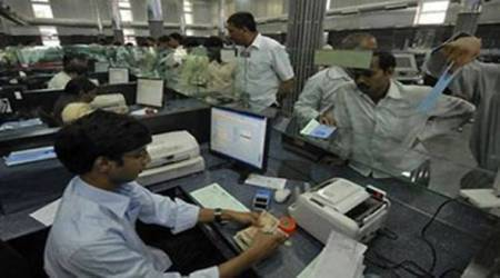 Indian oil PSUs' permanent workforce slumped 13 per cent in 15 years