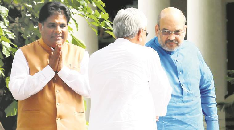 Amit Shah invites JD(U) chief Nitish Kumar to join NDA